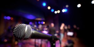How to interact with audience while performing in a gig?