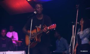 [MUSIC+ VIDEO] Kaestrings live ministration at the outpouring